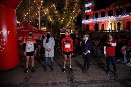 El doble campeón del mundo Abel Antón participa en la Carrera Nocturna de Toledo, que logra 890 inscritos