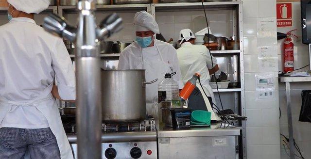 Cocineros del programa de la Diputación.