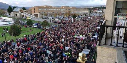 Verín rememorará la masiva protesta del paritorio de hace un año con una concentración en apoyo al jefe de Ginecología