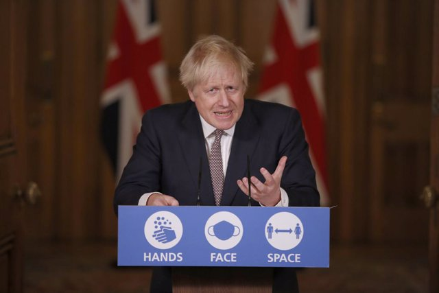 26 November 2020, England, London: British Prime Minister Boris Johnson speaks at a media briefing on coronavirus (COVID-19) updates at Downing Street. Photo: Jamie Lorriman/Daily Telegraph/PA Wire/dpa