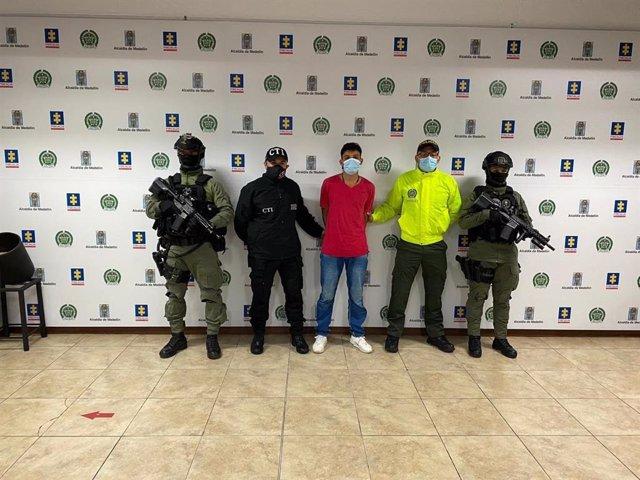 Supuesto miembro del Clan del Golfo detenido por su participación en la masacre de Betania, norte de Colombia, del pasado 22 de noviembre, en el que una decena de personas fueron asesinadas.