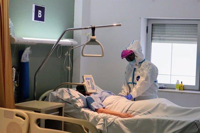 El servicio de Medicina Interna del Hospital Universitario Ntra. Sra. De Candelaria ofrece consulta de seguimiento a pacientes covid