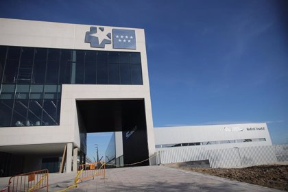 Amyts critica la inauguración del Hospital Isabel Zendal sin personal y sin pacientes