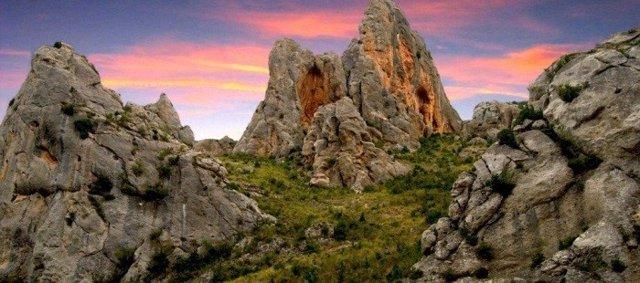 La campaña 'Rincones Singulares 2' propone lugares que se pueden visitar en Aragón sin salir de la provincia.