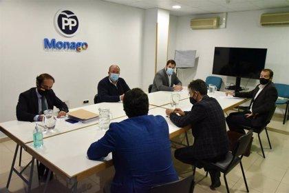 Monago pide a Vara una bajada de impuestos que evite el cierre de empresas y fomente la creación de empleo