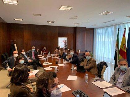 Eurodiputados de Ciudadanos analizan con los vicepresidentes de la Junta los fondos europeos que gestionará Extremadura
