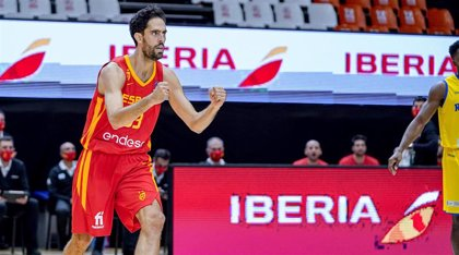 España saca billete para el Eurobasket con exhibición
