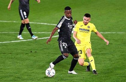 Moi Gómez se perderá los próximos partidos del Villarreal por una rotura fibrilar