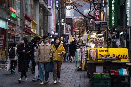 Corea del Sur, en plena tercera ola, se sitúa un día más  por encima de los 400 casos