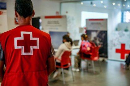 Cruz Roja se disculpa por una fiesta con migrantes en Canarias y abre expediente para identificar responsabilidades