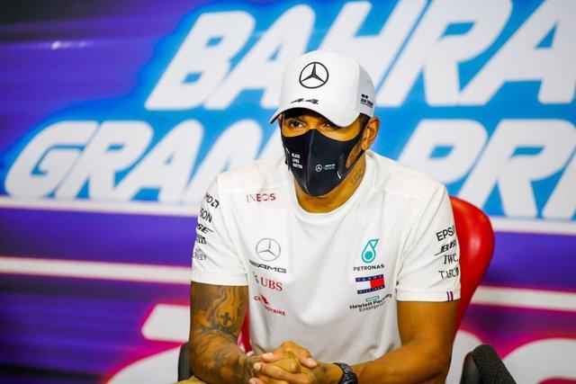 Press conference, HAMILTON Lewis (gbr), Mercedes AMG F1 GP W11 Hybrid EQ Power+, portrait during the Formula 1 Gulf Air Bahrain Grand Prix 2020, from November 27 to 29, 2020 on the Bahrain International Circuit, in Sakhir, Bahrain - Photo Florent Gooden /