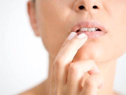 Por qué sale el herpes labial y cómo podemos cuidarlo