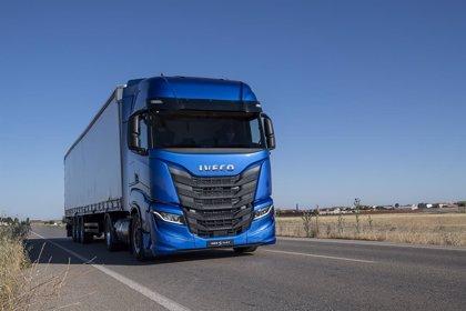 Las ventas de camiones y autobuses en España bajan solo un 0,6% en noviembre, con 2.693 unidades