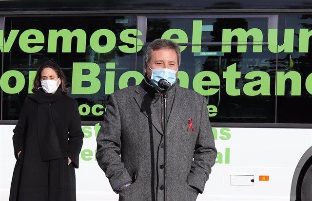 José Luis Soro este martes durante la presentación de un proyecto piloto de autobús con biometano.