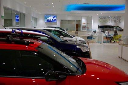 Las ventas de coches caen un 18% en Cantabria en noviembre