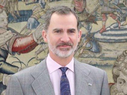 El Rey Felipe VI vuelve al trabajo, de modo presencial, después de diez días de cuarentena