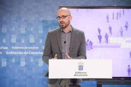 El Gobierno trasladará a las CCAA el debate sobre la acogida de los menores migrantes solos llegados a Canarias