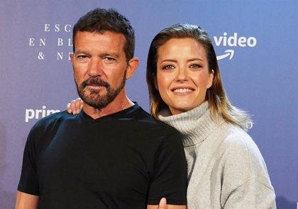 """Antonio Banderas y María Casado presentan 'Escena en Blanco & Negro': """"Buscamos la excelencia, no dinero"""""""