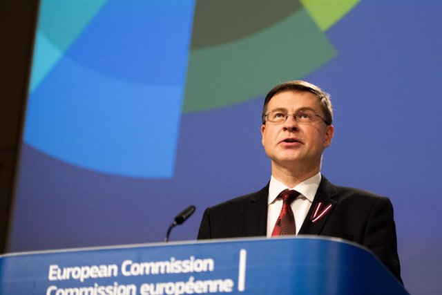 HANDOUT - 18 November 2020, Belgium, Brussels: European Commission Vice-President Valdis Dombrovskis speaks during an online press conference at the EU headquarters in Brussels. Photo: Jennifer Jacquemart/European Commission/dpa - ATTENTION: editorial use