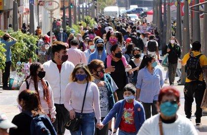 """Chile constata otros 1.100 contagios de COVID-19 e insta a prepararse """"para una segunda ola sin vacuna"""""""