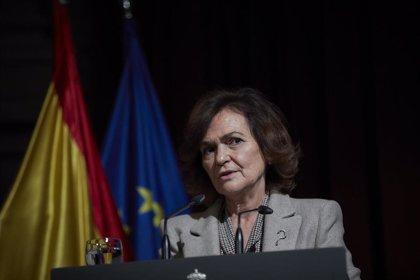 """Calvo dice al PP que Fraga, """"un ministro franquista"""", se puso de perfil ante el estado autonómico que ahora reivindican"""