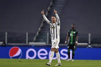 Cristiano Ronaldo gana el premio 'Golden Foot' al mejor jugador de 2020 mayor de 28 años