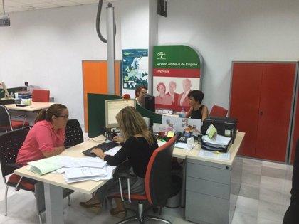 El paro sube en 1.097 personas en noviembre en Andalucía hasta los 966.504 desempleados