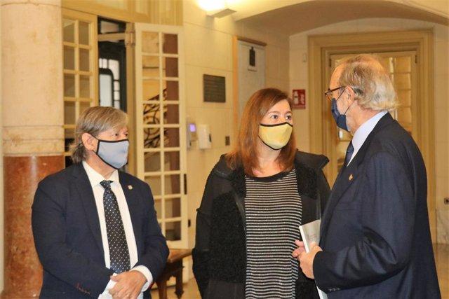 Thomas, Armengol y Diéguez, en la audiencia previa a la presentación de la memoria del Consell Consultiu.