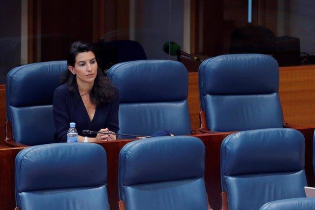 La portavoz de Vox, Rocío Monasterio, durante el pleno celebrado este jueves en la Asamblea de Madrid, en Madrid (España), a 28 de mayo de 2020.
