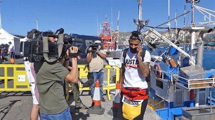 Marlaska evita confirmar el traslado de migrantes a la Península y confía en intensificar retornos a países de origen