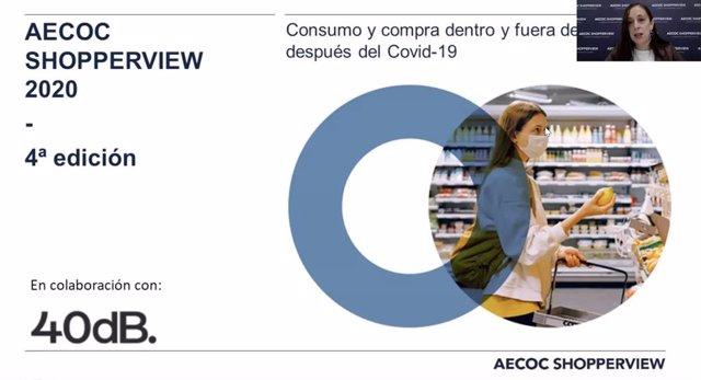 La gerente del área comercial y de Marketing de Aeco, Rosario Pedrosa, presentando un estudio sobre consumo