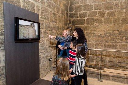 La oficina de turismo y el centro de interpretación de la DPZ en el torreón de Navardún podrán visitarse este puente
