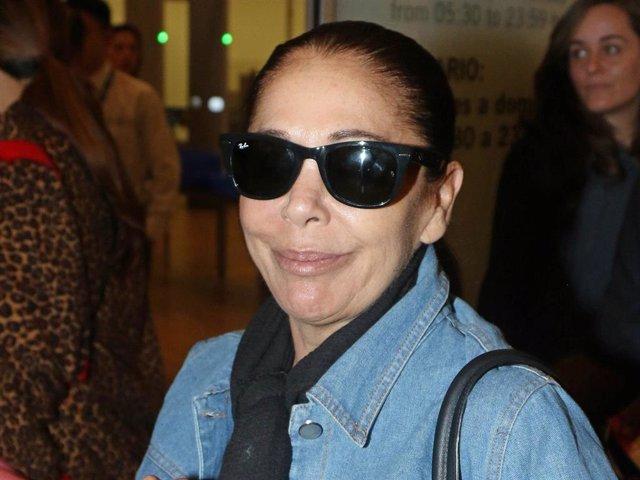 Isabel Pantoja tiene 24 horas para responder al nuevo requerimiento notarial de Francisco y Cayetano Rivera