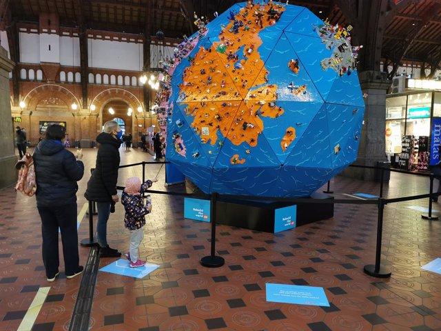 Exposicion en la estación central de Copenhague