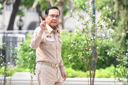 Tailandia presentará cargos contra cuatro tailandeses con coronavirus que entraron sin permiso en el país