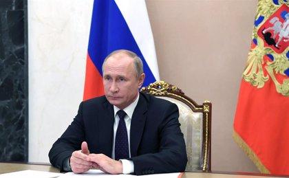 Putin pide al Gobierno que empiece la campaña de vacunación contra el coronavirus la próxima semana