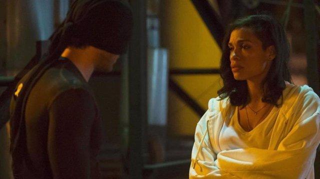 Rosario Dawson en Daredevil