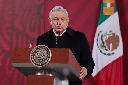"""Senadores mexicanos reprochan a López Obrador que """"viva en una burbuja alejado de la realidad"""""""