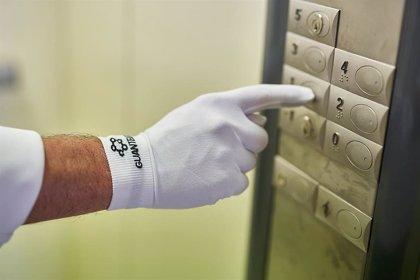 Una empresa riojana desarrolla unos guantes que protegen frente al COVID-19