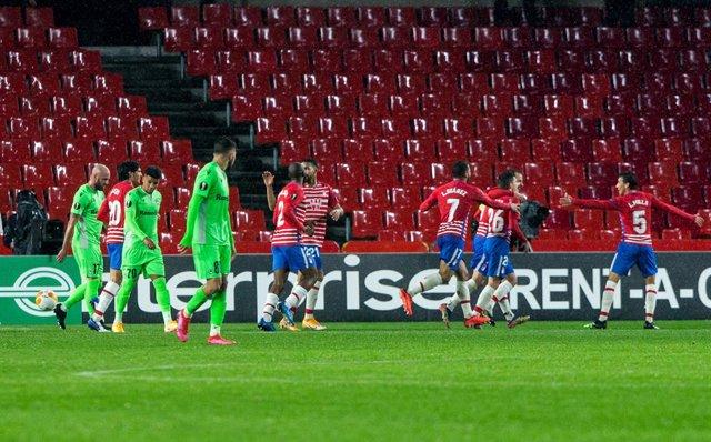 Celebrate score of Alberto Soro of Granada during the UEFA Europa League Group E stage match between Granada Club Futbol and Omonia Nicosia at Estadio Nuevo Los Carmenes on November 26, 2020 in Granada, Spain.