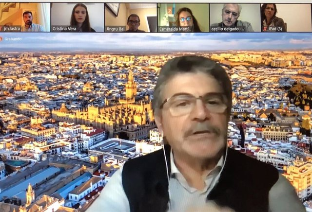 Ciclo de conferencias 'Hablando de viajar' organizado por Aevise