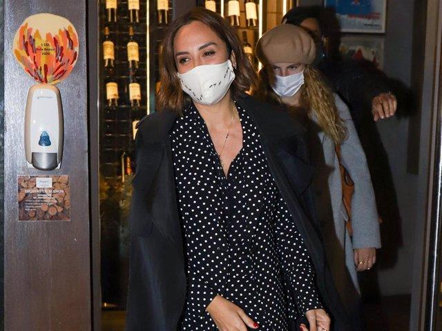 Tamara Falcó, espectacular con un traje de lunares de Carolina Herrera