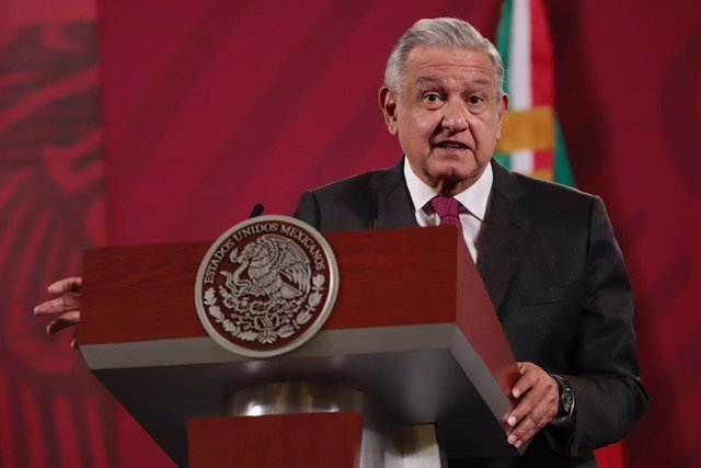 17 November 2020, Mexico, Mexico City: Mexican President Andres Manuel Lopez Obrador speaks during his daily press conference at the National Palace. Photo: Berenice Fregoso/El Universal via ZUMA Wire/dpa