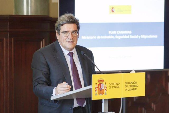 El ministro de Inclusión, Seguridad Social y Migraciones, José Luis Escrivá, en rueda de prensa
