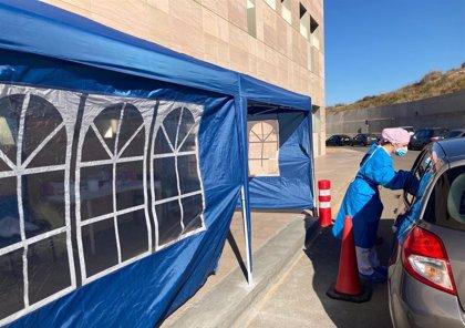 El Hospital Santa Lucía pilota desde este jueves un sistema para hacer pruebas del coronavirus desde el coche