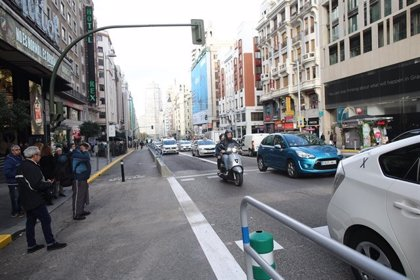 Restringido el tráfico de vehículos pesados por la Gran Vía desde mañana al 7 de enero