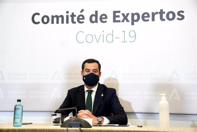 El presidente de la Junta de Andalucía, Juanma Moreno, preside la reunión del Comité de Expertos de COVID-19 pdonde se han decidido  las nuevas medidas que aplicará la Junta de Andalucía en la lucha contra la pandemia. En Sevilla a 28 de octubre 2020