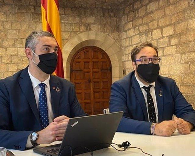 El conseller d'Acció Exterior, Bernat Solé, al costat del delegat del Govern a Barcelona, Juli Fernández.