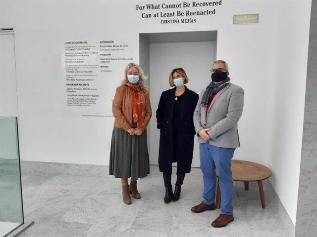 Mercedes Colombo en la inauguración de la exposición de Cristina Mejías