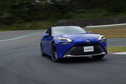 Toyota muestra la segunda generación del Mirai, su berlina de hidrógeno con 650 kilómetros de autonomía